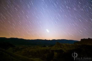 Death Valley, Zabriski Point with Zodiacal Light / Nikon D200, 17mm, f/2.8, ISO800, 10 minutes
